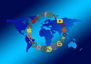 social-media-1430522_640