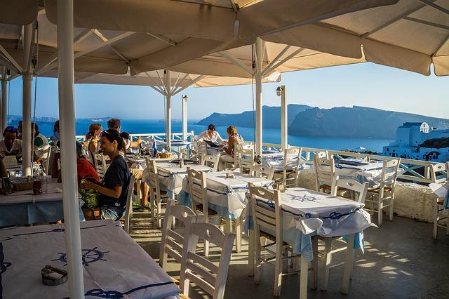 restaurant-411942_640