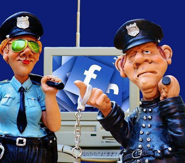 social-media-1679234_640